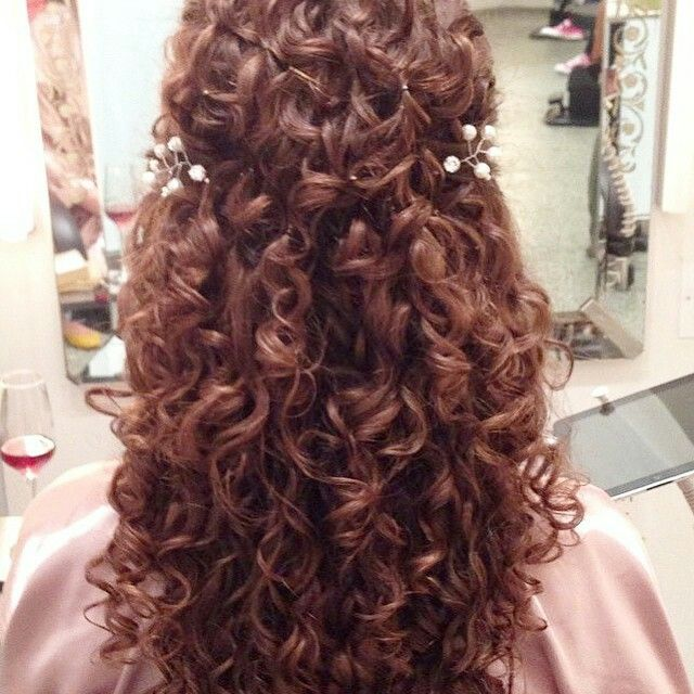 Pin By Ry Robin On Pinterest Curly Hair Styles Wedding Hairstyles