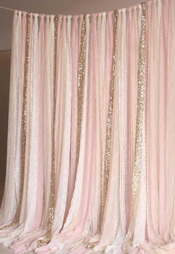 Rosa weißer Spitzenstoff Gold Sparkle photobooth Hintergrund – #Gold #Hintergru… – Wedding Fotoshooting