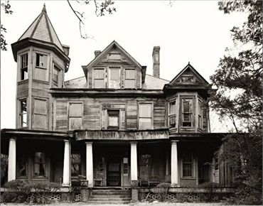 Haunted Plantations in North Carolina | 70 Abandoned Old Buildings.. left alone to die | #MostBeautifulPages