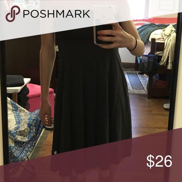 Lululemon Dress Sz 4 Heather Grey & Light Pink reversible Lululemon dress. Worn only to try on. lululemon athletica Dresses Mini