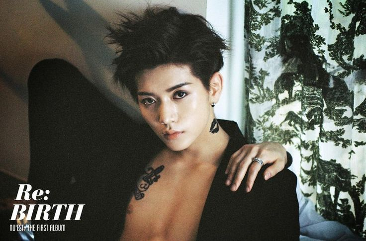 Holy crap! When did Ren get so hot! I mean he was hot before but now, he's HOT!!!