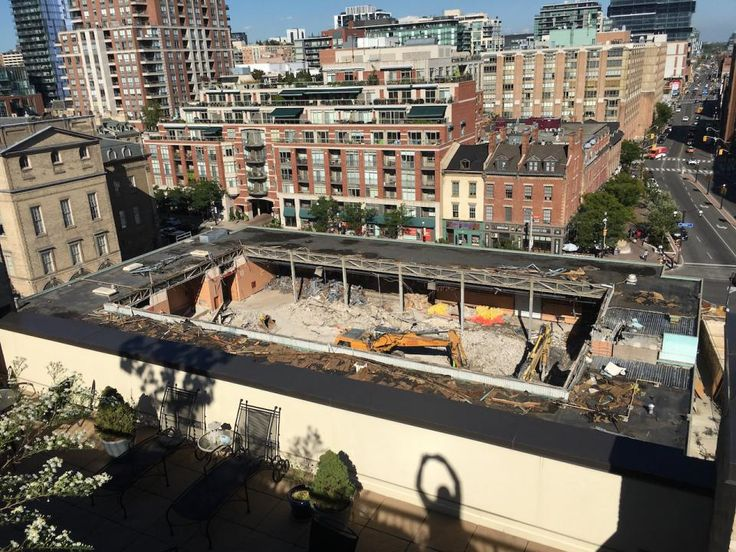 September 26, 2016: Goodbye North Market, image by Edward Skira #UrbanToronto #Toronto #downtown #city #demolition #StLawrenceMarket #construction