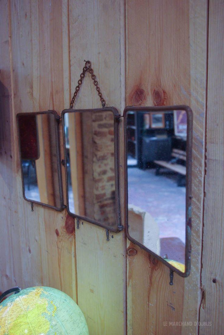 Miroir triptyque de barbier par le Marchand d'Oublis