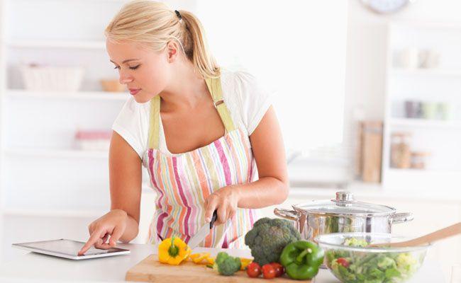 Nada pior que começar uma receita e perceber que acabou um ingrediente. Algumas trocas podem ser feitas sem que a receita dê errado.