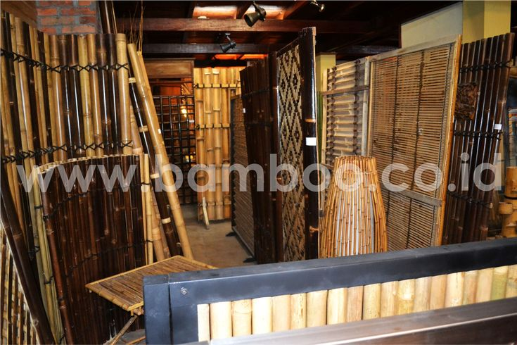Natural Bamboo Fence Rolls Installation