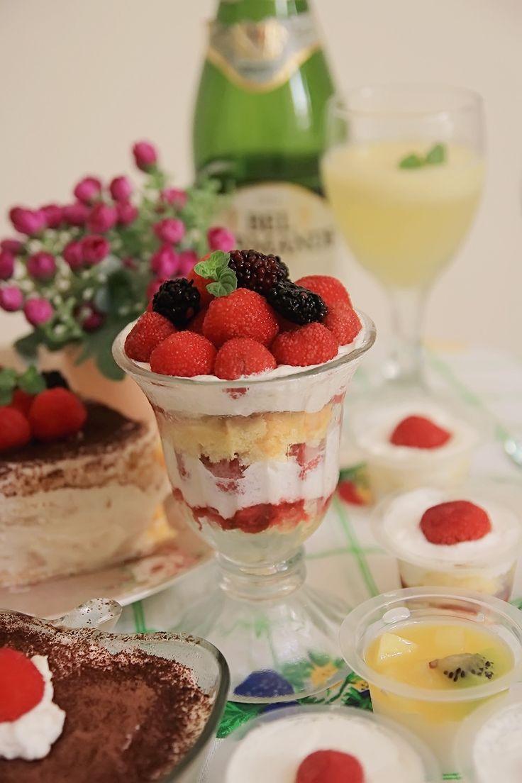 Berries shortcake