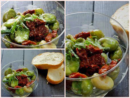 Sałatka z bobem, suszonymi pomidorami i miętą. Przepis: http://www.prosteprzepisykulinarne.com/2014/07/salatka-z-bobem-suszone-pomidory.html