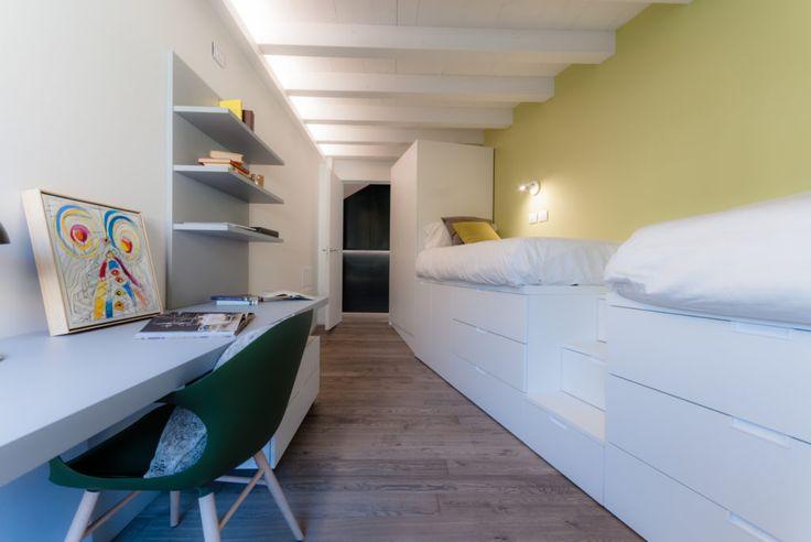 Oltre 25 fantastiche idee su piccole camere da letto su for Camerette piccole dimensioni