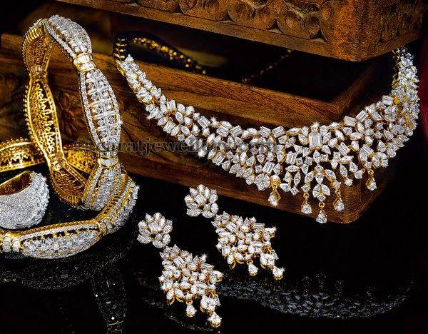 Jewellery Designs: Complete Diamond Set by Reliance