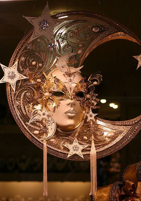Carnivale mask, Venice by Alaskan Dude, via Flickr