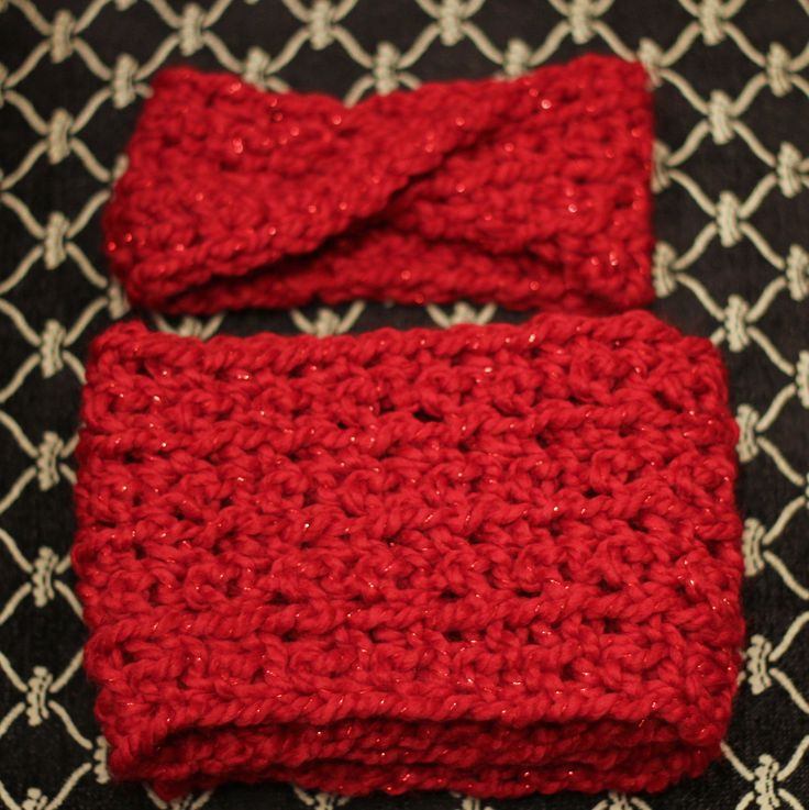 Locally made headband & infinity scarf in red with a hint of sparkle <3