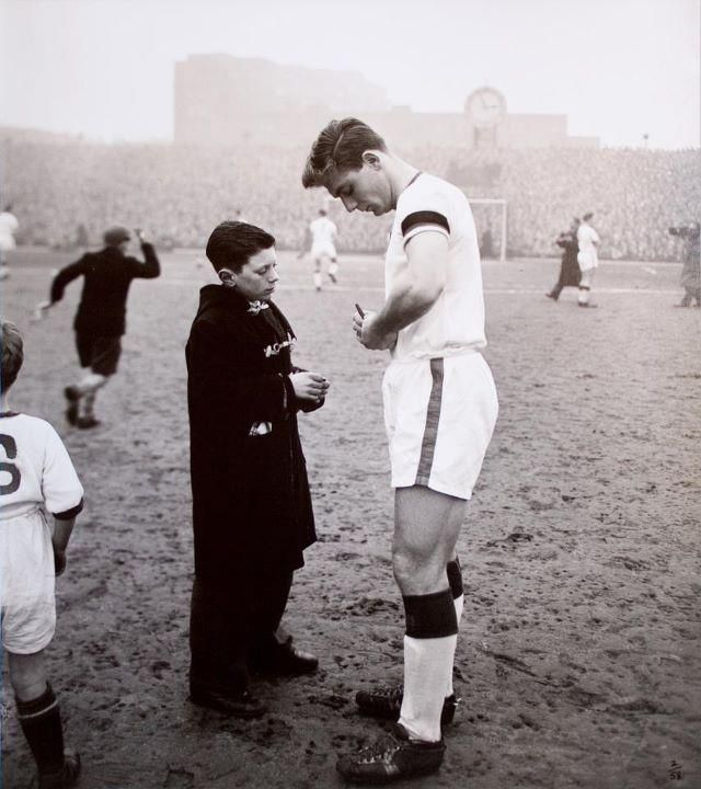 Duncan Edwards, 1958 February 1st, Last game for Manchester United in the league before Munich disaster