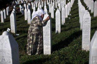 Wall | VK--Srebrenitsa katliamı 20. yıl dönümü