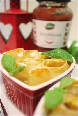 Miłosne cannelloni ai tre formaggi http://podroznosci.blogspot.com