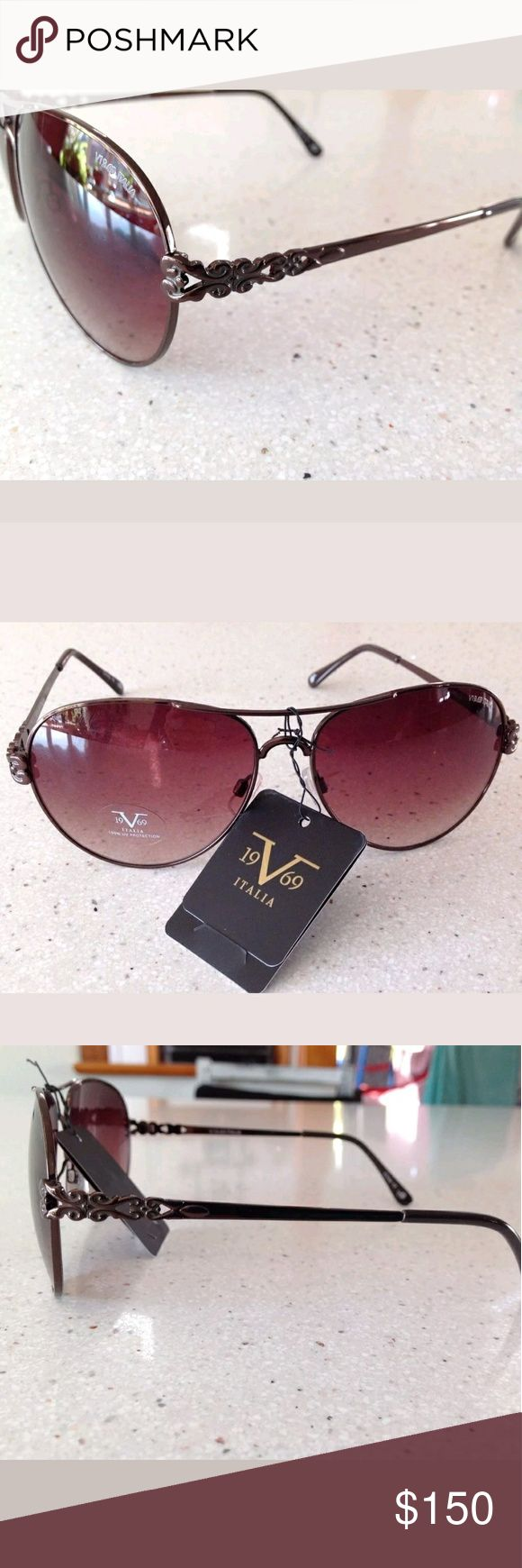 💥NWT💥 Versace Aviator Sunglasses These are new with tags. I no longer take offers. If you want a discount please use my bundle option. Please see all photos for full description and details. Versace Accessories Sunglasses