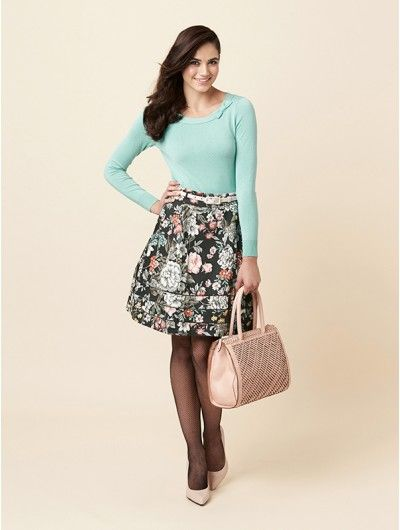 What to wear to high tea? The Winifred Skirt from Review!  #hightea #reviewaustralia