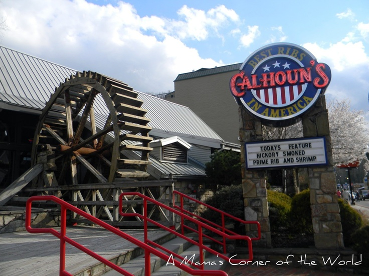 Calhouns On The Parkway In Gatlinburg, Tennessee | Dining In The Smokies |  Pinterest | Restaurant, Tns And Gatlinburg Tennessee