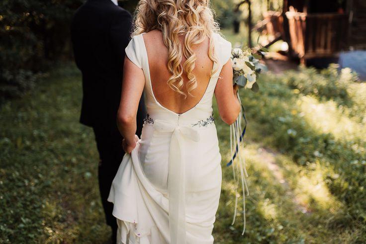 destination_wedding_photographer_artistic_emotional_documentary-wedding_cluj-napoca_romania_photo-wedding_day_-marriage_land-of-white-deer-61