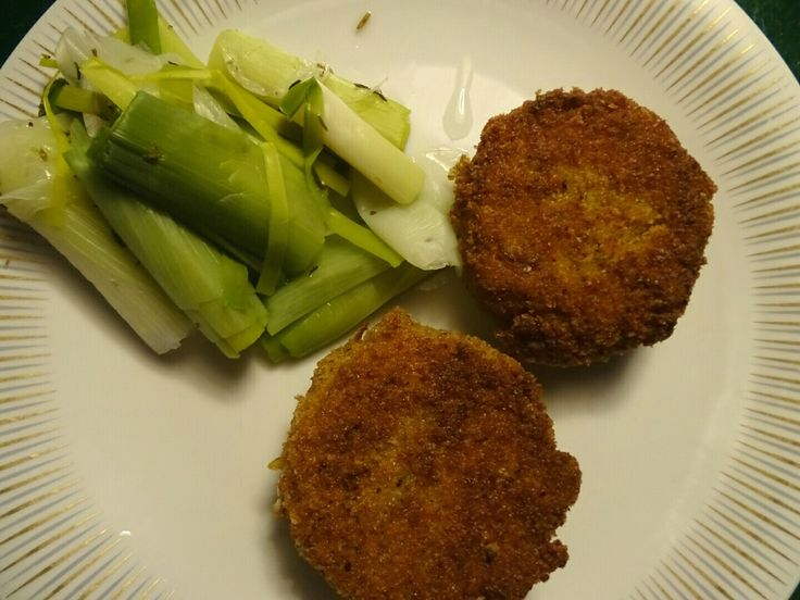 Porre  and potato fritters