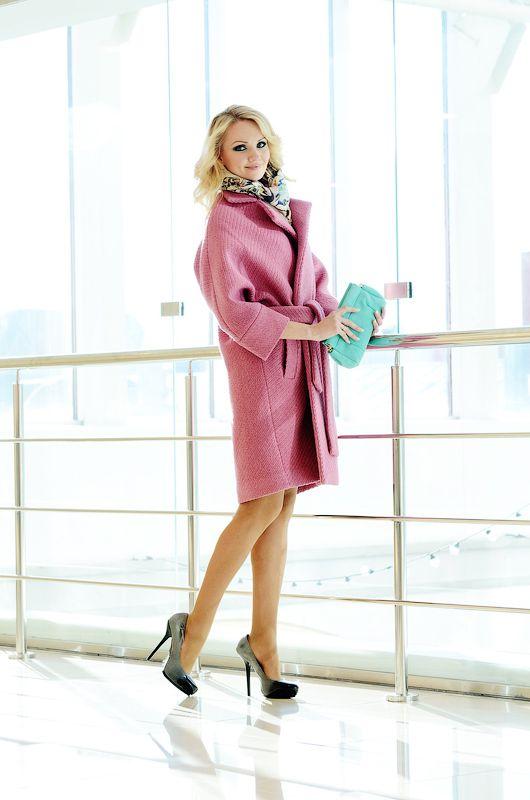Пальто шерстяное UONA, розовое. Очень теплое! Идеально для сезона осень/зима. Размер: один размер, идеальная посадка на S/M/L