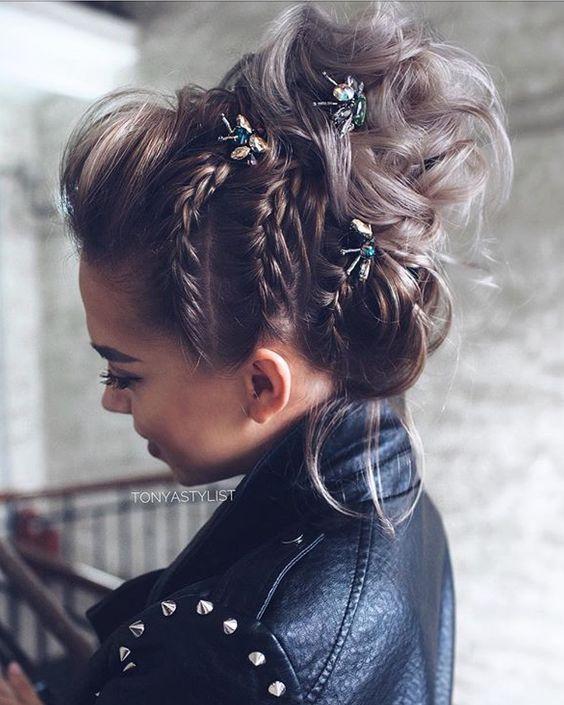 Coiffures tressées Bun: Obtenez l'inspiration gratuite de ces cheveux!