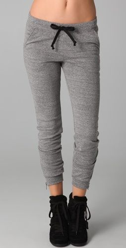 Check out an exclusive selection of men's sweatpants and gym pants for ultimate cool guy looks. from Guylook. Buy from bootcut sweatpants,slim sweat pants,print sweatpants,fleece sweatpants,gym pants and discount designer sweatpants.