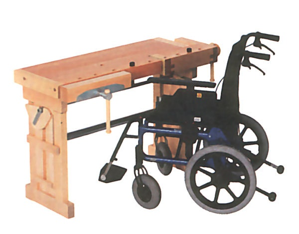 Sjöbergs workbench with adjustable height. That helps also the disabled to work with their projects.