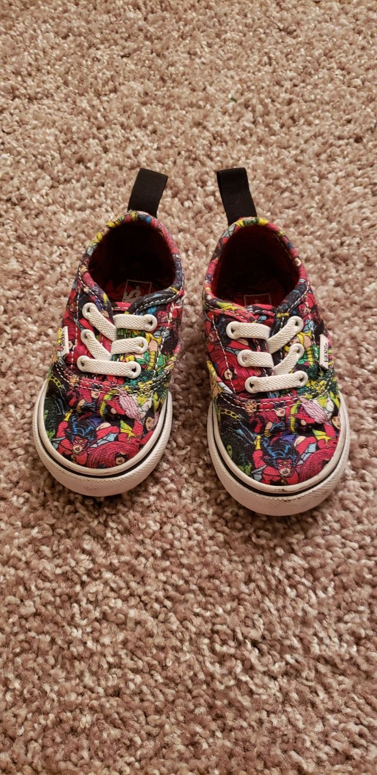 Vans toddler size 4. Great Condition. Didn't wear too