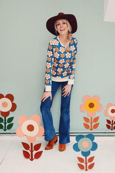 """Sweatshirts - PULLOVER OBERTEIL DAMEN BLUMEN """"MY GIRL"""" PETROL - ein Designerstück von Bonnie-and-Buttermilk bei DaWanda"""