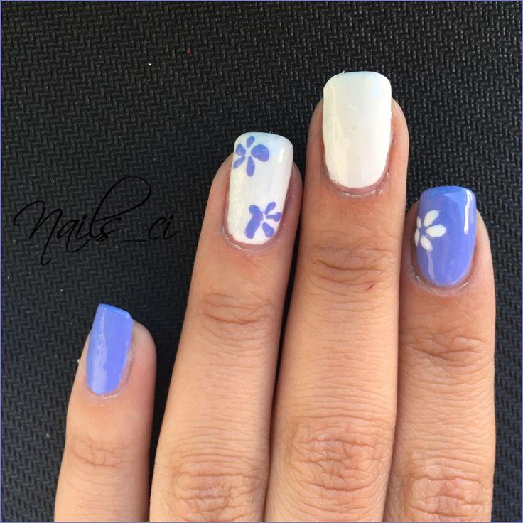 - Unghie Viola, Bianco e Fiori -