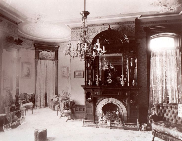 This period photo of a front parlor dates from 1868. The mansion was built in 1842.