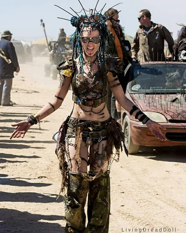 Wasteland weekend 2016 was awesome I have no idea how to describe how epic this was to me. Beautiful people, beautiful vehicles, loved the scenery, loved everything. I Smiled so much my face hurted and talked to so many people that I lost my voice....