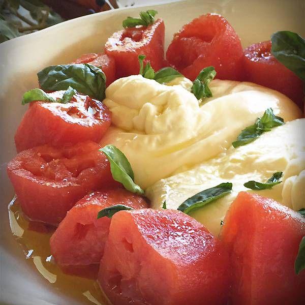 Burrata Con Tomate Pera De Navarra Por Karlos Arguiñano Ensalada De Tomate Karlos Arguiñano Tomate