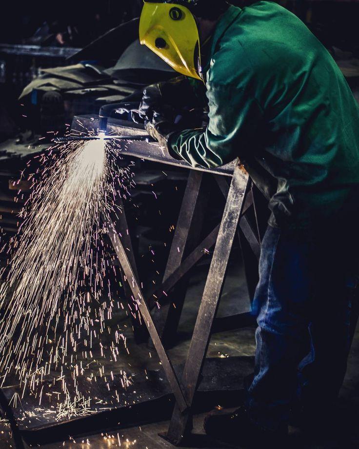 Stop doubting yourself work hard and make it happen. . . #sculpture #art #artstudio #artist #metal #metalwork #fabrication #welding #forge #form #work #success #esabweldingcutting #esab www.albertpaley.com