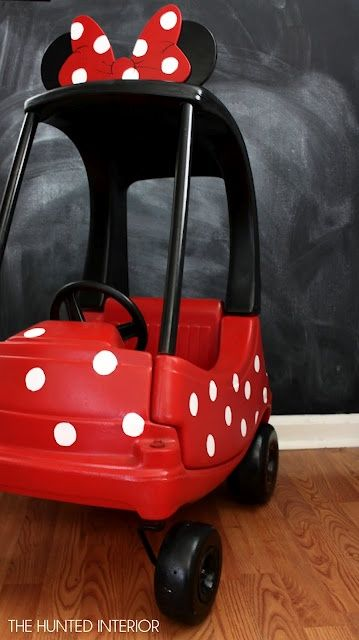 STOP.... a Minnie Mouse toy car
