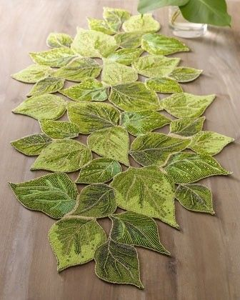 Leaf Table runner More
