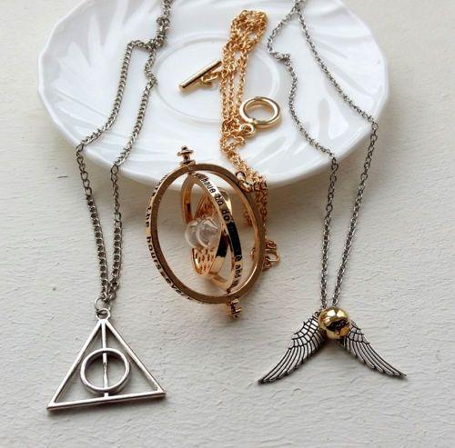 Lote-3-collares-De-Harry-Potter-Giratiempos-triangulo-Floray-y-alado-snitch