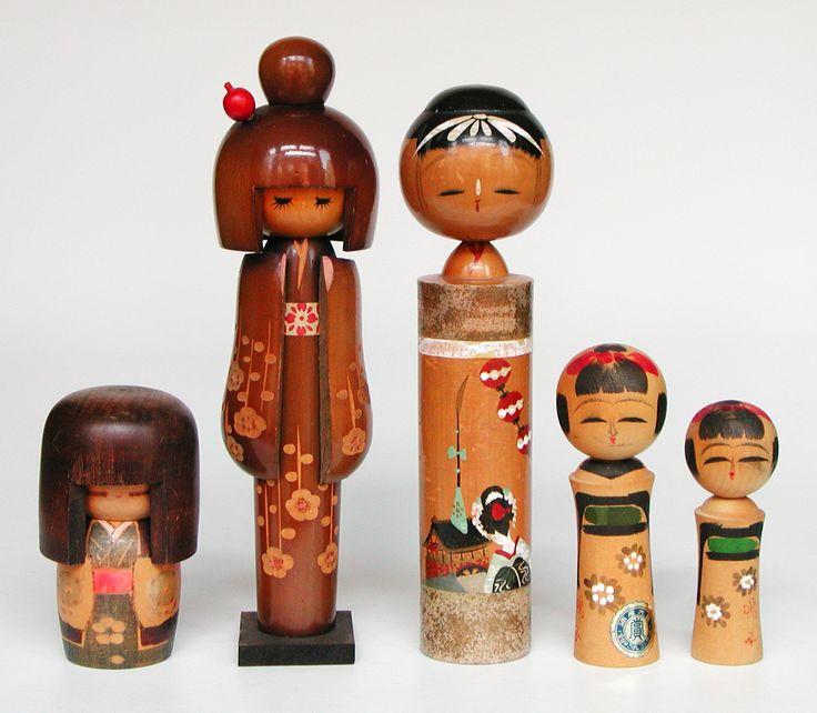 http://www.collectorsweekly.com/stories/4081-kokeshi-dolls?in=400