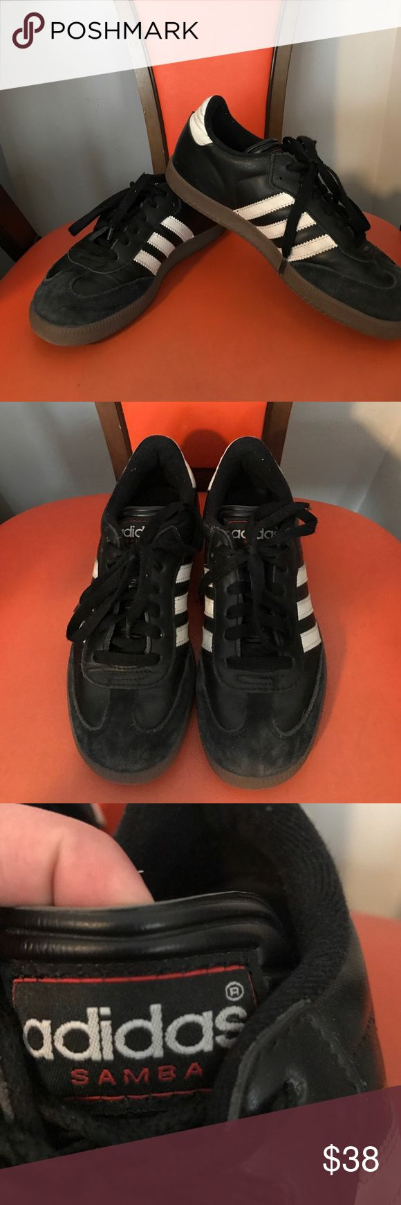 "Adidas Samba Classic Sneakers Excellent condition, little wear. Fits more of a women's size 6 in my opinion. From toe to heel, measures 10"" Adidas Shoes"