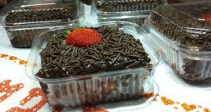 A Receita de Torta Holandesa da Isamara é deliciosa e fácil de fazer. O creme fica levinho e saboroso e a cobertura é bem brilhante e vistosa. Além disso,