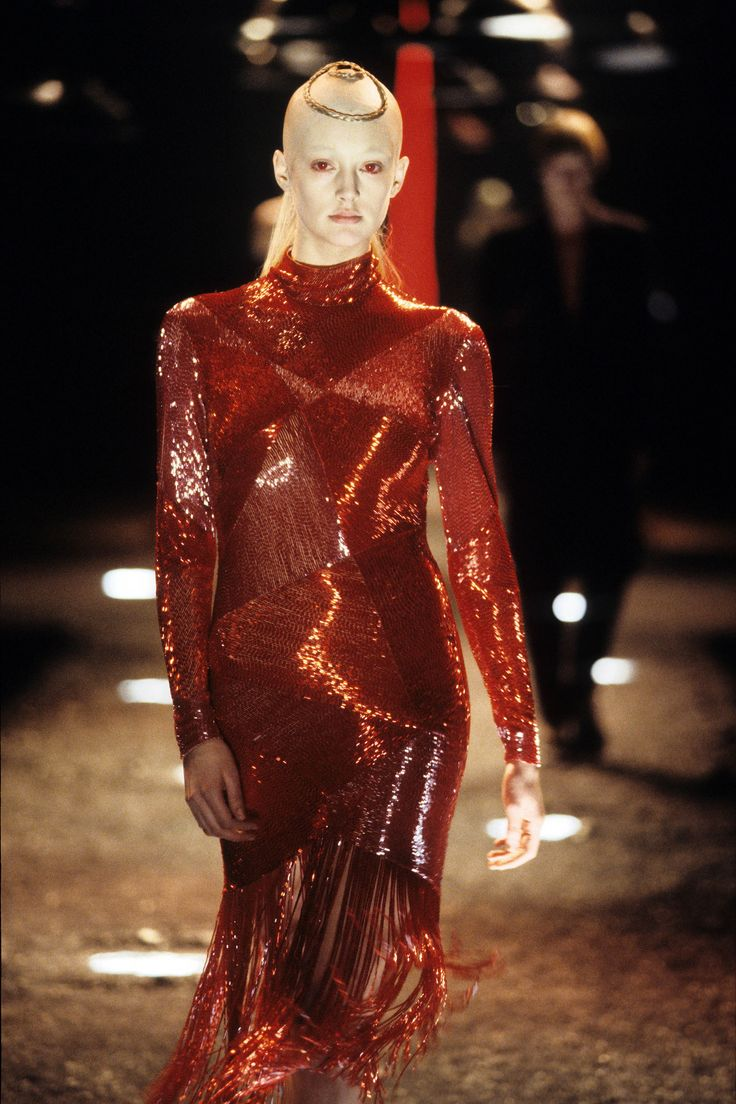 504 best that 39 s so 9 39 s images on pinterest fashion for Mac alexander mcqueen