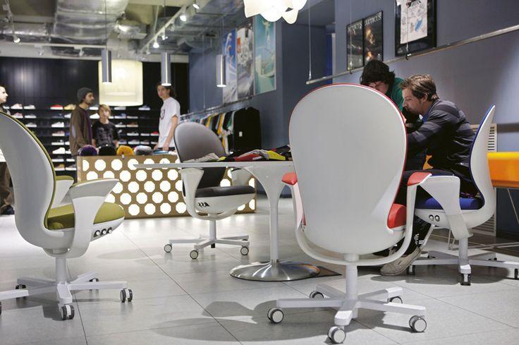 Sedia ufficio operativa Bea di Luxy: design Massimiliano e Doriana Fuksas