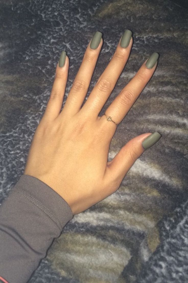 cubanflagemoji: cubanflagemoji: im loving my new nail color tbh i didnt pay $45 to have yall not compliment my nails