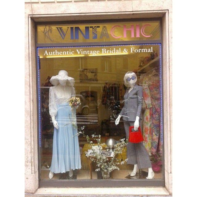The new VINTACHIC #vintageshop IN Via Leccosa 2 , corner #ViadiRipetta   #1970s #fashion #Bridal #Formal #VINTACHIC #vintage