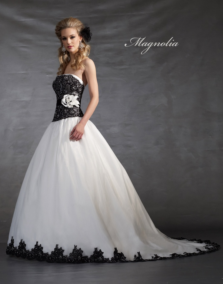 Magnolia by marionet wedding gown 5012 from azalea bridal for Wedding dress in atlanta