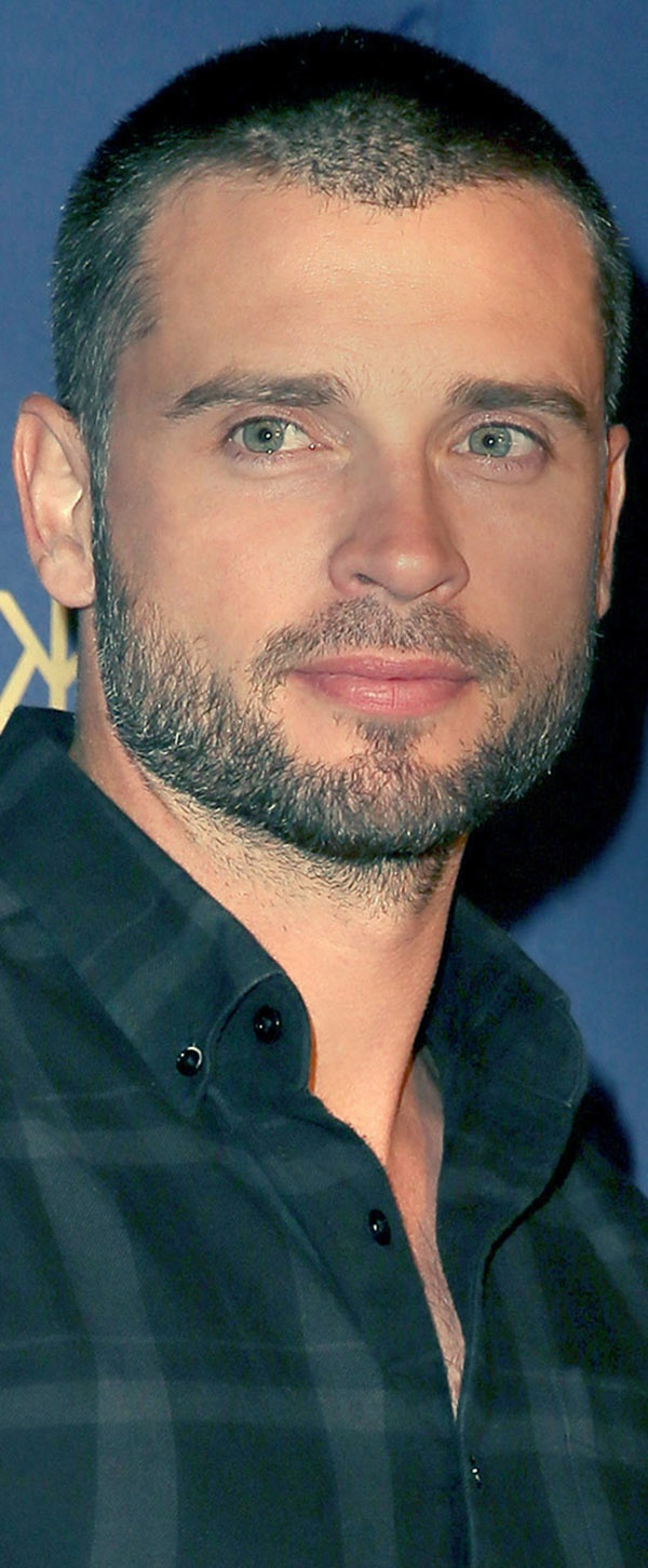 Tom Welling(is this really him?  I didn't know he has chest hair.)