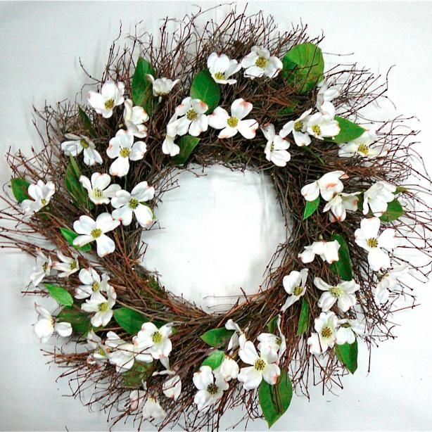 13 Lush Spring Wedding Decorations To Bring To Life Your: Indoor Wreath Decor, Indoor Wreath