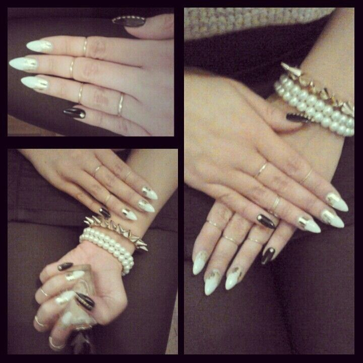 #blacknails #whitenails #goldennails