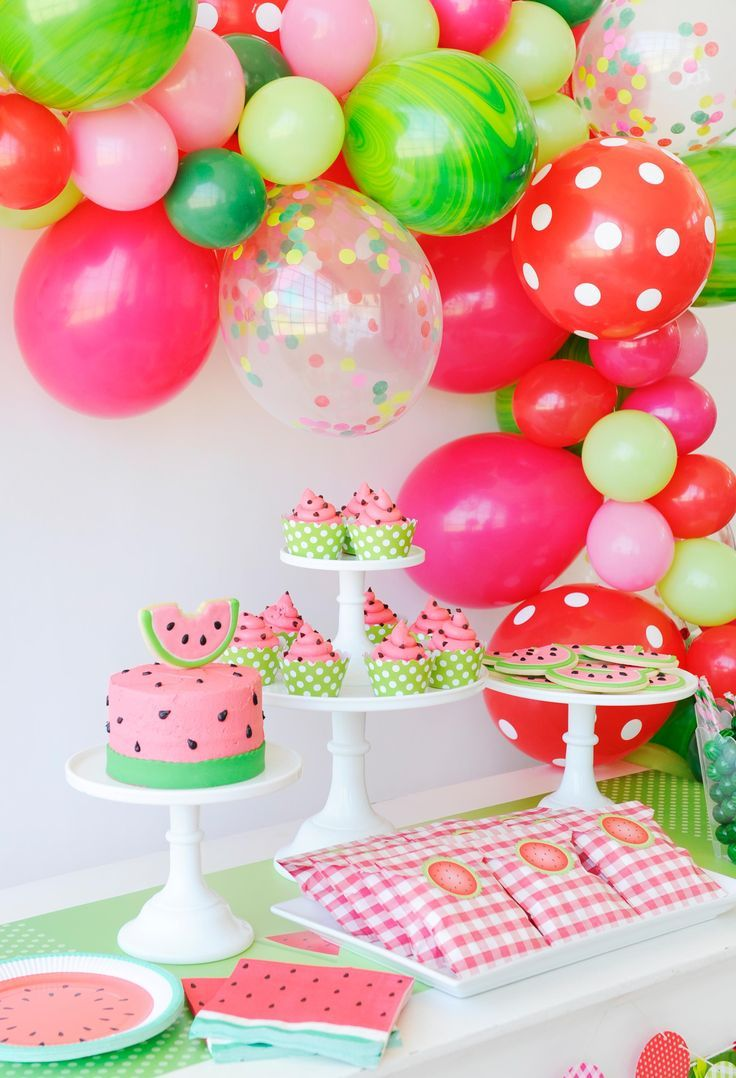 Best 25 watermelon party decorations ideas on pinterest for Baby girl birthday party decoration ideas