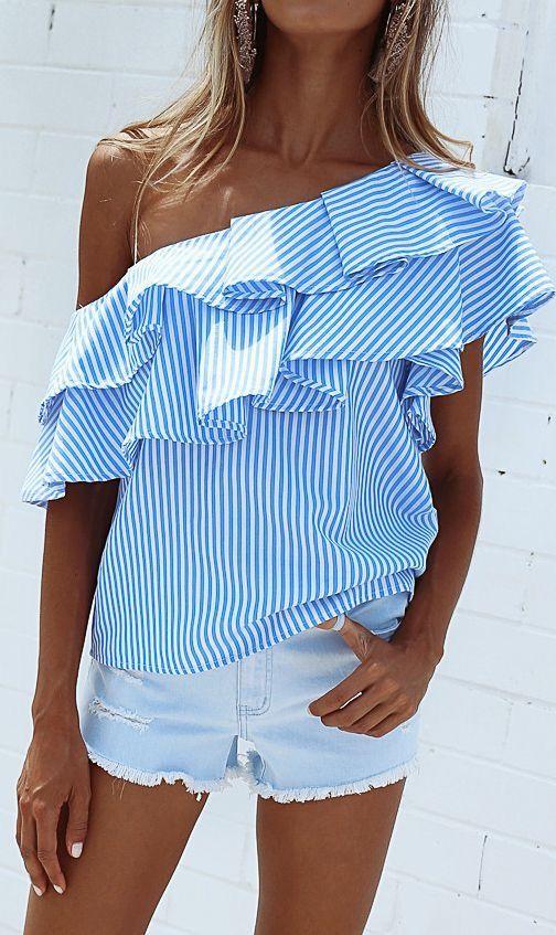 Stripe one shoulder top.